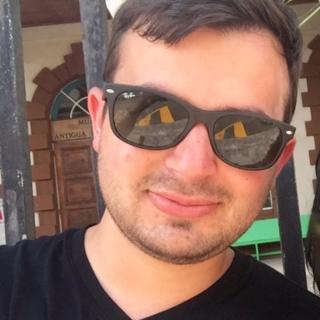 Michael Tacca gambar profil