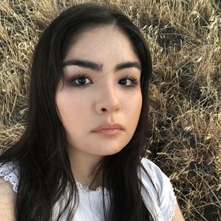 Profilbild von ZYNAB
