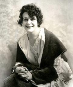Photo of Helen Holmes