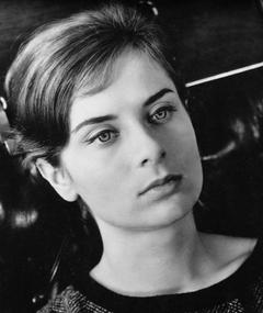 Photo of Juliette Mayniel