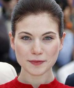 Photo of Nora von Waldstätten