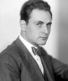 Photo of Robert Thoeren