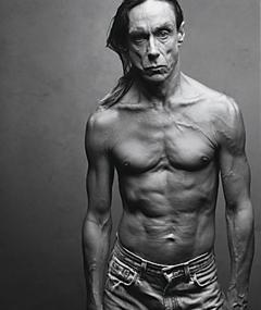 Iggy Pop adlı kişinin fotoğrafı