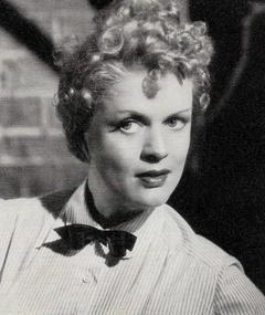 Ethel Reschke adlı kişinin fotoğrafı