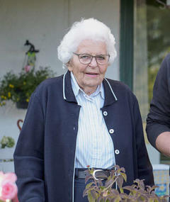 Anneliese Schönnenbeck adlı kişinin fotoğrafı