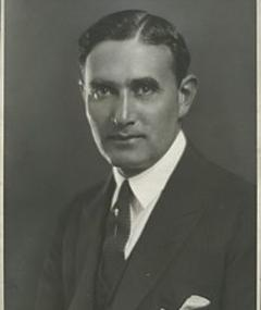 Photo of Edgar Selwyn