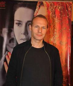 Photo of Giles Nuttgens