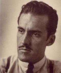 Poza lui Jesús Bracho