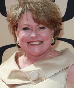 Photo of Lauren Tewes