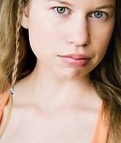 Photo of Hayley Holmes