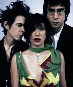 Photo of Yeah Yeah Yeahs