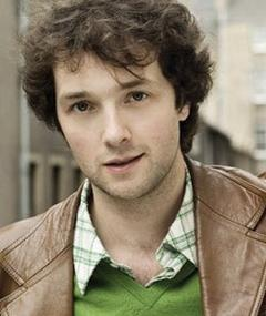 Gambar Chris Addison