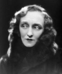 Photo of Berthe Bovy