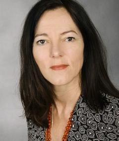 Gambar Ingrid Henn