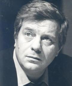 Photo of Renzo Palmer