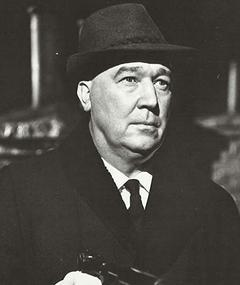 Photo of Gordon Tanner