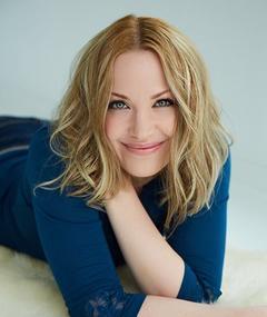 Photo of Adrienne Frantz