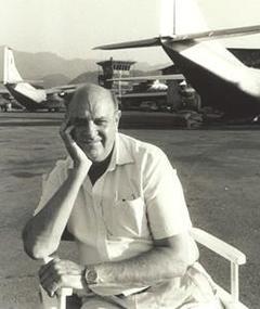 Michael J. Kagan adlı kişinin fotoğrafı