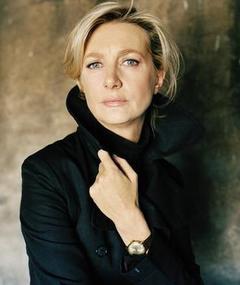 Photo of Anne Loiret
