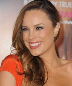 Photo of Jessica McNamee