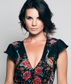 Photo of Leah Cairns
