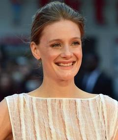 Photo of Romola Garai