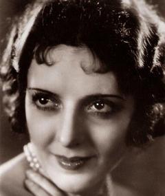 Photo of Suzy Vernon