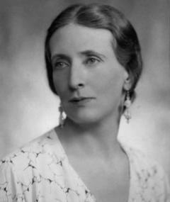 Gambar Marjorie Fielding