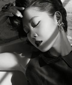 Photo of Kong Hyo-jin