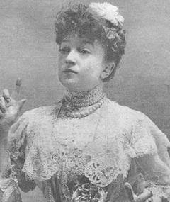 Gambar Marguerite Deval