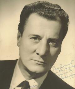 Gambar Jacques Erwin