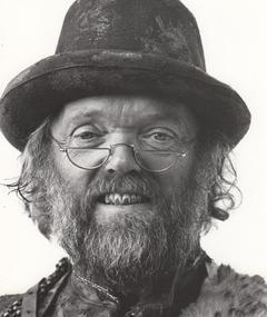 Photo of Malcolm Dixon