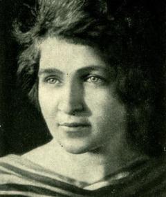 Gambar Nina Agadzhanova