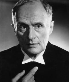 Rudolf Fernau adlı kişinin fotoğrafı