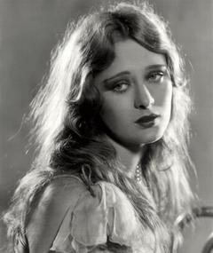 Gambar Dolores Costello