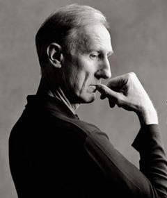 Gambar James Cromwell