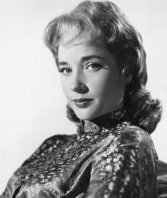 Photo of Sylvia Syms