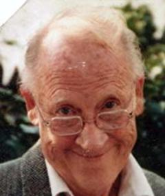 Hugh Warden adlı kişinin fotoğrafı
