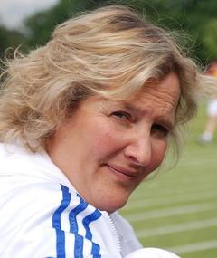 Photo of Lisa Bryer