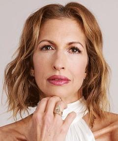 Photo of Alysia Reiner
