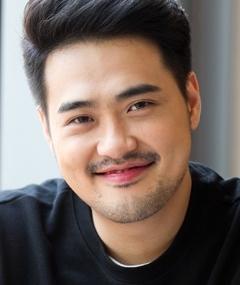 Foto di Kim Jong-yeob