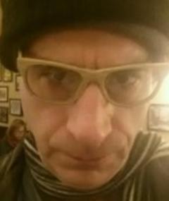 Joseph Minion adlı kişinin fotoğrafı