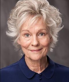 Photo of Diana Hardcastle