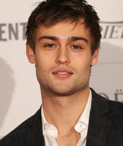 Photo of Douglas Booth