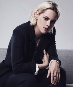 Kristen Stewart adlı kişinin fotoğrafı