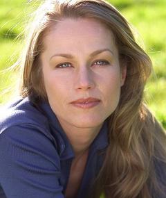 Photo of Lorraine Evanoff