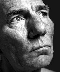 Photo of Pete Postlethwaite