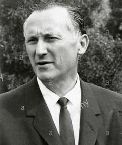Photo of Robert Arthur