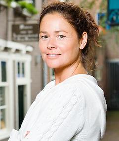 Gambar Hanneke Niens