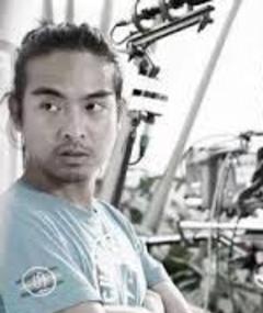 Photo of Carlo Mendoza